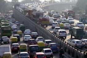 Growing Dependence on Personal Vehicles for Commute Can Lead to Irreversible Damages: CSE