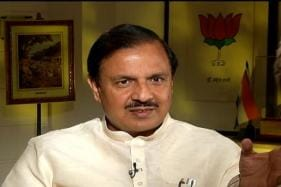 Social Worker Held For Extortion Bid on Union Minister Mahesh Sharma