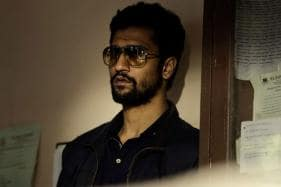 Vicky Kaushal Cuts Burger and Fries Cake on Birthday, See Pic