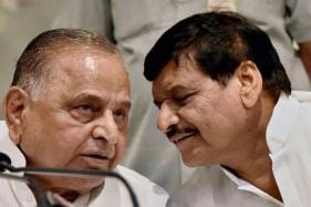With Brother Mulayam Singh Yadav's Photo, Shivpal Unveils Secular Morcha Flag