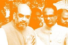 Shah Asks Shivraj to Hurry, Thrice Over