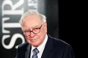 Warren Buffett's Berkshire Hathaway in Talks to Pick up Minor Stake in Paytm, Say Reports