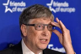 Poop in Hand, Bill Gates Lends Support to China's Toilet Revolution