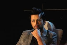 Atif Aslam Gets Flak for Singing Indian Song at Pak Independence Day Parade, Fires Back at Haters