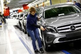 Insourcing To Improve Employee Productivity In Automotive Industry - Analysis
