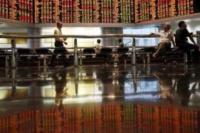 Global Stocks Fall on Worries About Saudi Arabia, Italy