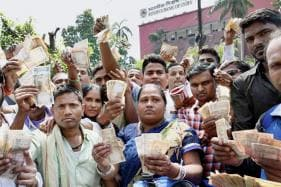 Household Savings in Form of Cash Soared to 7-year High in Post Demonetisation Year