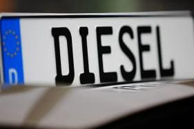 Greater Paris To Ban Old Diesel Cars From Summer 2019