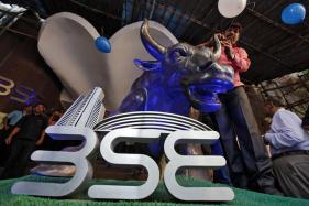 Sensex Drops 141 points in Early Trade on Global Sell-Off