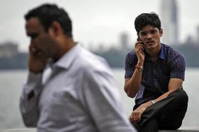 Will be Global Smartphone Market Shrink in 2019? Analysts Seem to Think so