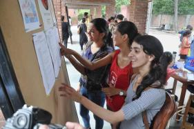 DU SOL Eligibility Criteria 2019: Delhi University School of Open Learning Likely to Allow Candidates with 33%