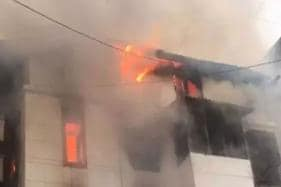 Fire Breaks Out in Karol Bagh Factory After Laundering Solvent Spills on Floor, 4 Killed
