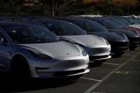 Tesla Preparing to Offer Model 3 Electric Sedan Leasing Option to Boost Demand