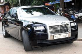Priyanka Chopra Takes Nick Jonas For a Spin in 5 Crore Rolls-Royce