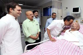 Rahul Gandhi Visits Karunanidhi in Chennai Hospital; Says DMK Chief is 'Doing Well'