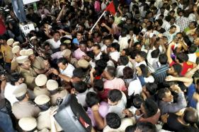 Anxious Tamil Nadu Prays for Karunanidhi as DMK Chief Continues to Fight Grim Battle for Life