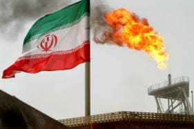 Oil Market on Alert as US Sanctions on Iran Set to Take Effect