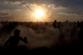Palestinians Say One Killed, Dozens Wounded as Israeli Troops Fire on Gaza Protest