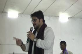 Union Minister Babul Supriyo Threatens to Break Man's Leg at Event for 'Distracting' Him