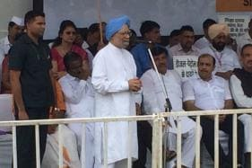 Modi Govt Has Crossed All Limits, Overthrow It: Manmohan Singh's Call to United Oppn