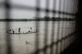 Yamuna Flowing Notch Above Danger Mark in Delhi as Haryana Releases Hathnikund Water