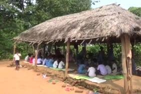 This School In Odisha Has Been Operating From A Hut for the Past Fifteen Years