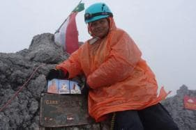 Indian Woman Amputee, World's First to Scale Everest, Gets Honourary Doctorate in UK