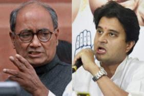 Congress a Divided House in MP as Jyotiraditya Scindia, Digvijaya Spar Over Ticket Distribution