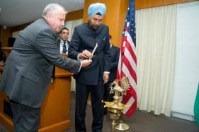 Diwali Celebrations Add Sparkle to State Department as Top Indian, US Diplomats Come Together