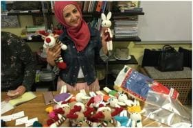 This Christmas, Some Syrian Refugee Women are Spreading Joy by Knitting Children's Toys