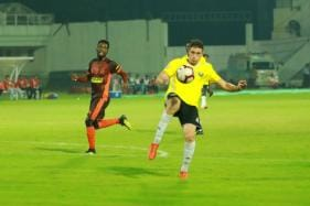 Surchandra's Strike Helps Real Kashmir Steal Point From Kozhikode