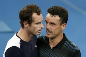 Andy Murray Bows Out of Australian Open After Epic Comeback, Federer in Second Round