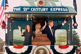 PHOTOS| World Leaders Ride the Rails Across History