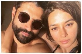 Amid Wedding Rumours With Shibani Dandekar, Farhan Akhtar Confirms a 'Special' Announcement is on the Way