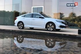2019 Honda Civic First Drive India Review - The Toyota Corolla Altis and Hyundai Elantra Rival