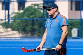 Graham Reid's 1st Address in Men's Hockey National Camp: Put the Team First
