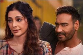 De De Pyaar De Movie Review: There's No Escape from Lazy Stereotypes in Ajay Devgn Film