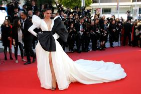 Ranveer Singh Drops the Most Adorable Comment on Deepika Padukone's Cannes' Picture