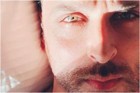 Those Eyes: Karan Johar Can't Stop Gushing Over Hrithik Roshan's New Selfie