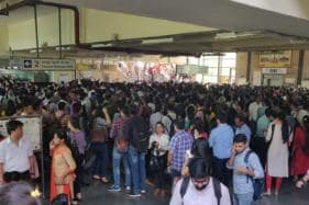 Thousands Stranded After Technical Glitch Disrupts Delhi Metro Services on Yellow Line