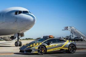 Bologna Airport Has a Surprise for Auto Fans, Planes Will Now Follow a Lamborghini