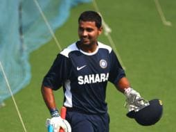 Vijay century guides India Red to final