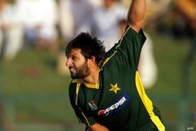 Pak to play Zim in practice game