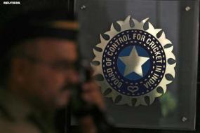 Tharoor attends IPL Kochi meet
