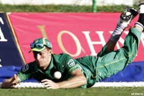 SA beat Windies by one run in a thriller
