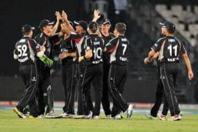 Somerset win to put Auckland out of CLT20