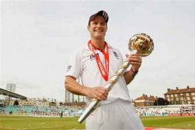 Tough days ahead for Strauss-led Eng: Vaughan