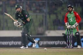 Pak beat Bangladesh in 2nd ODI to win series