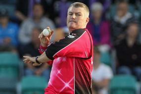 Stuart MacGill wants to play in IPL