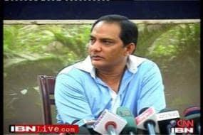 Dhoni is a suitable Test captain: Azharuddin